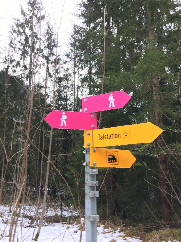 oeschinensee hiking trails