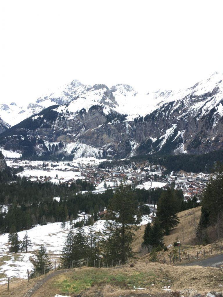 oeschinensee winter mountains
