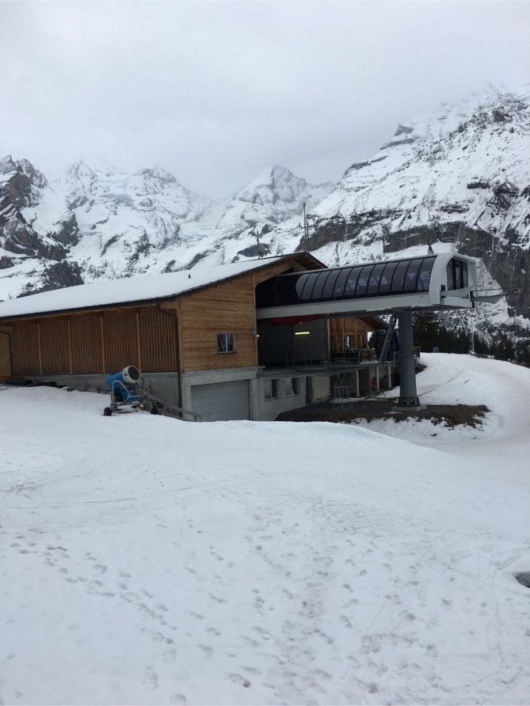 oeschinensee cable car station