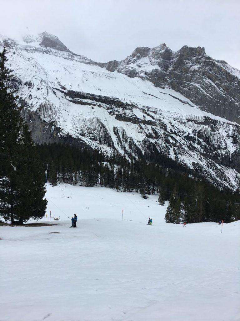 skiing in oeschinensee