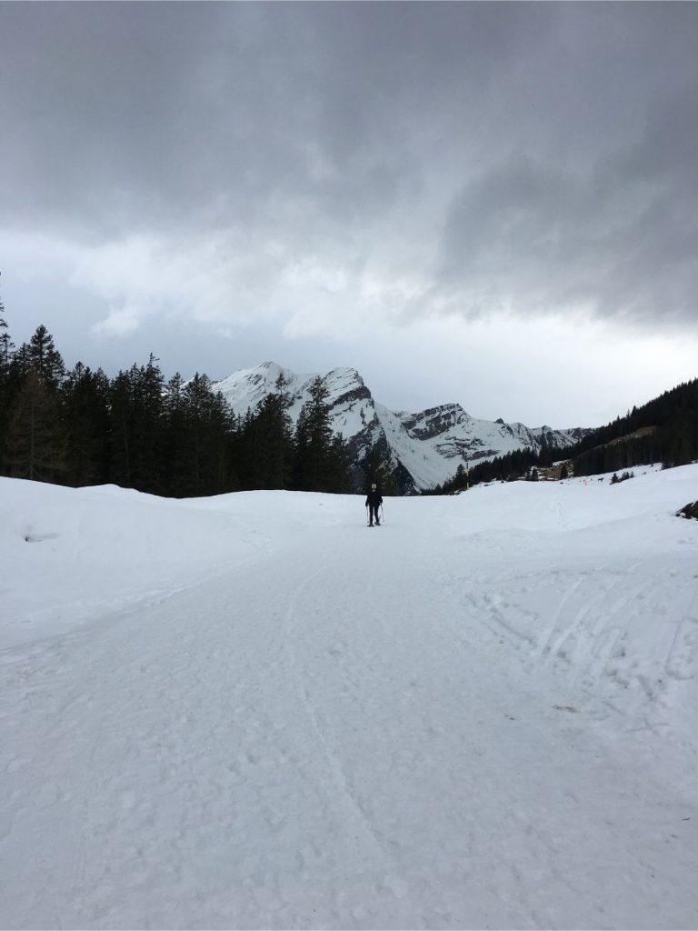 snowshoeing in oeschinensee