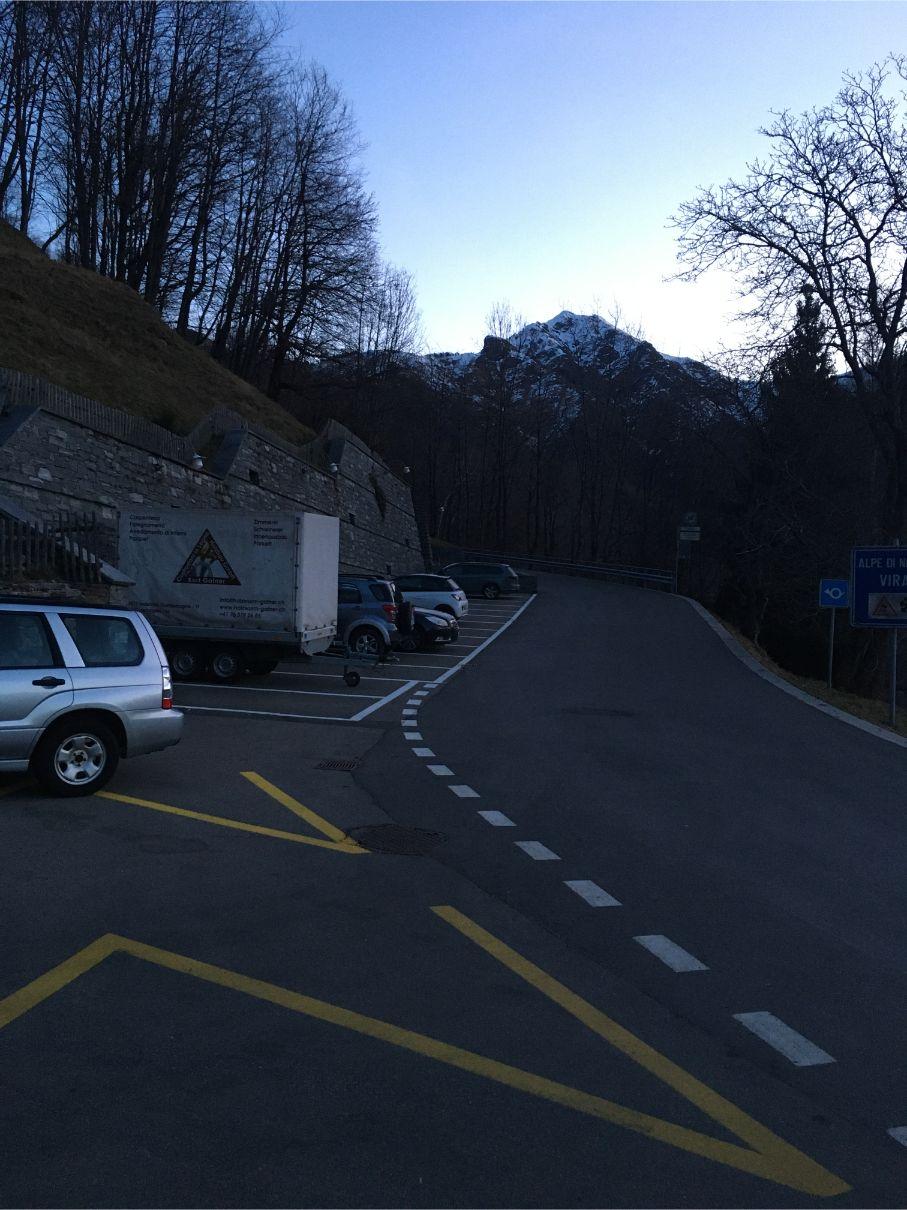 Indemini parking