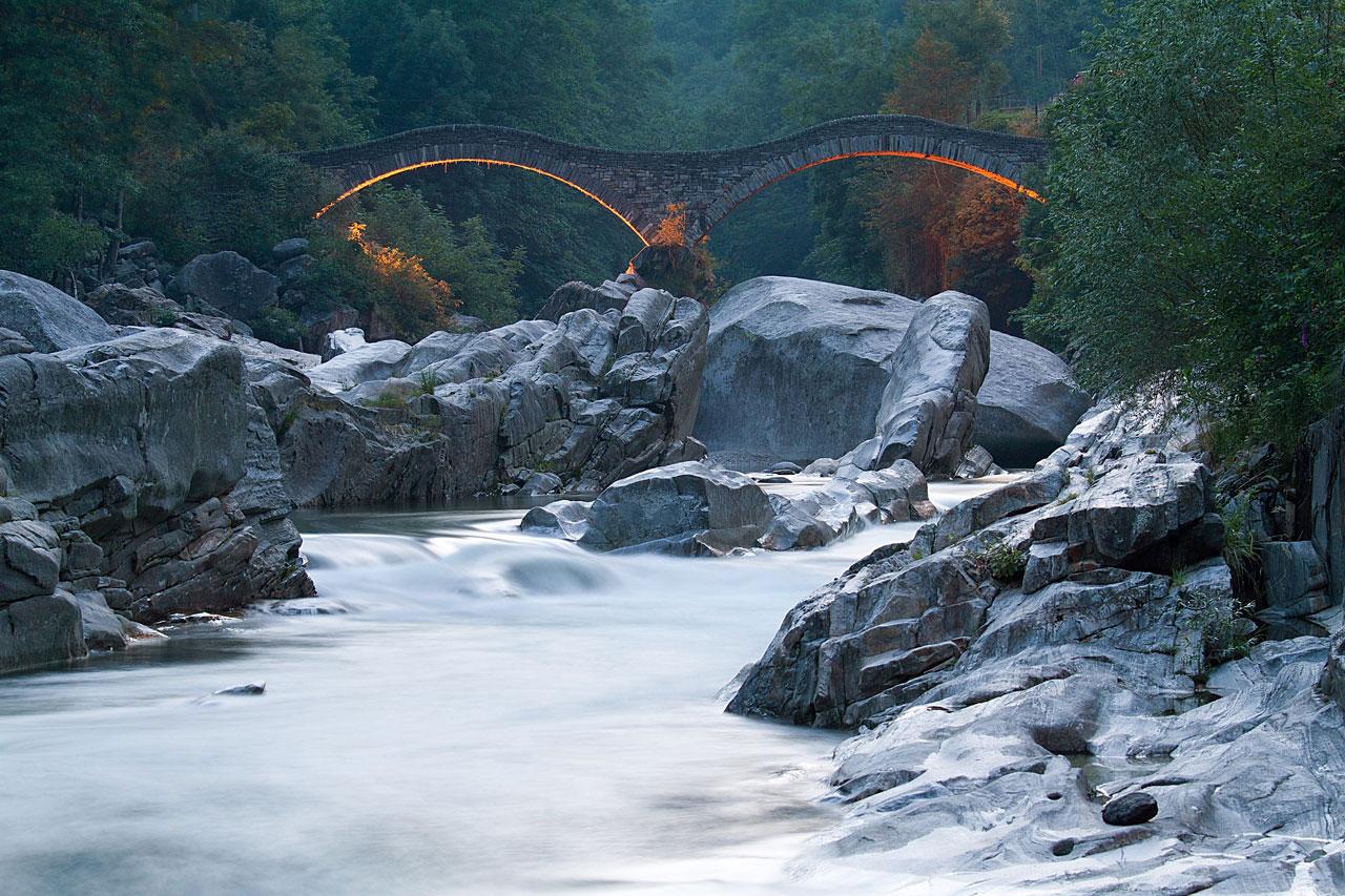 Valle Verzasca bridge