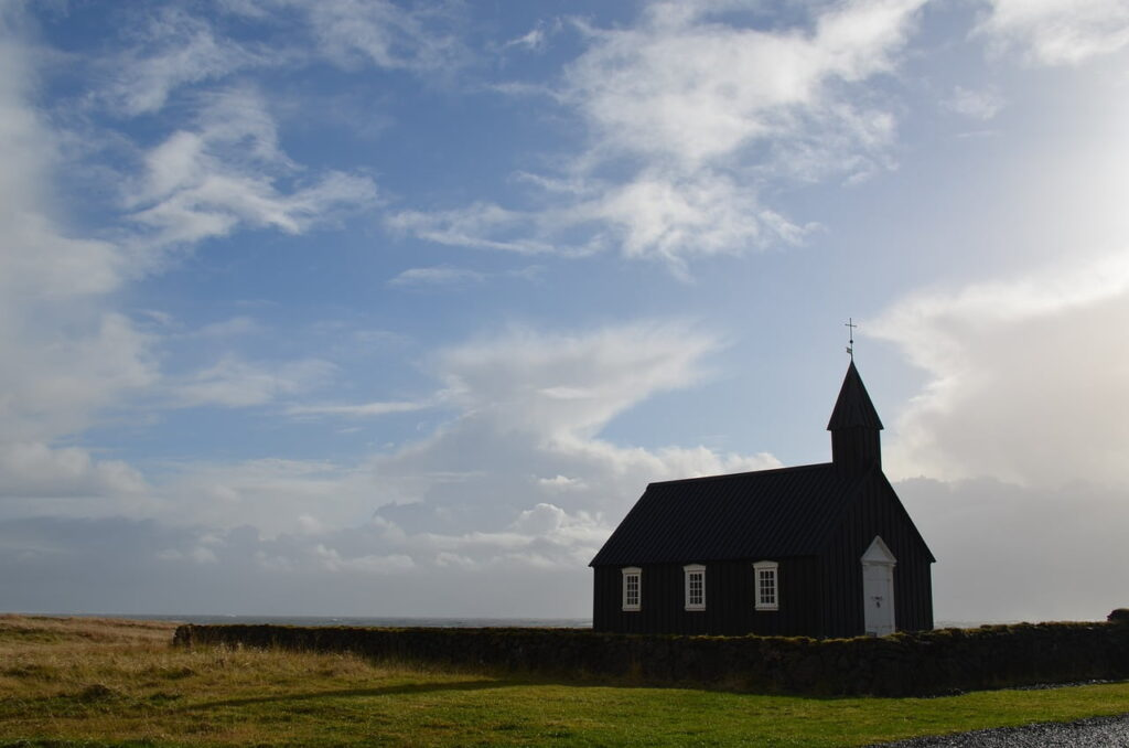 Church of Búðir