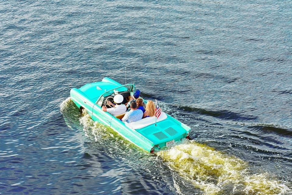 Bahamas boat taxi
