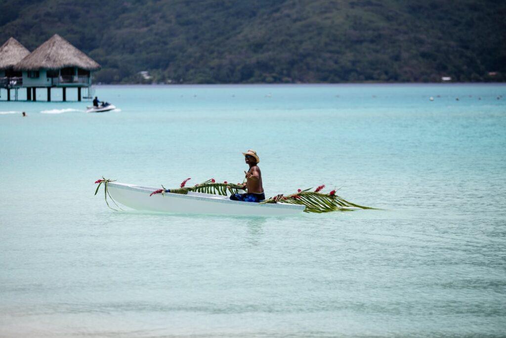 bora bora fisherman